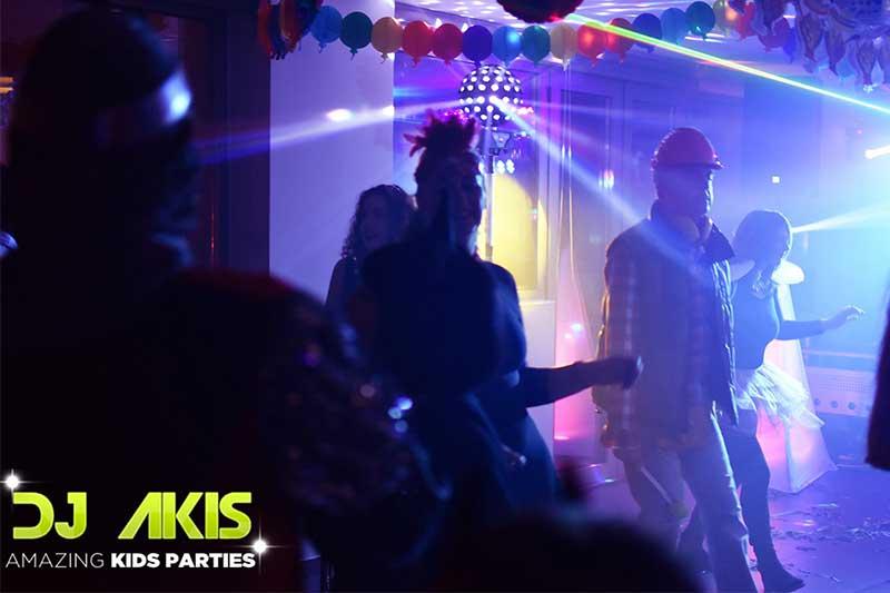 disco party για ενηλικες