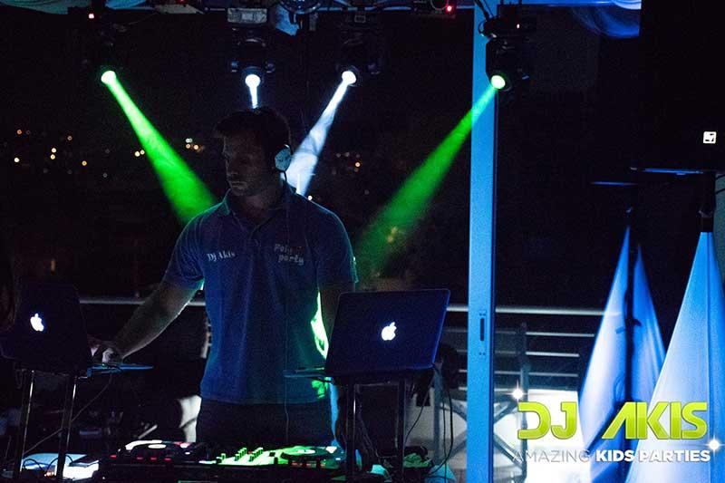 DJ AKIS
