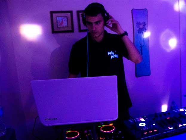 DJ ALEXANDROS