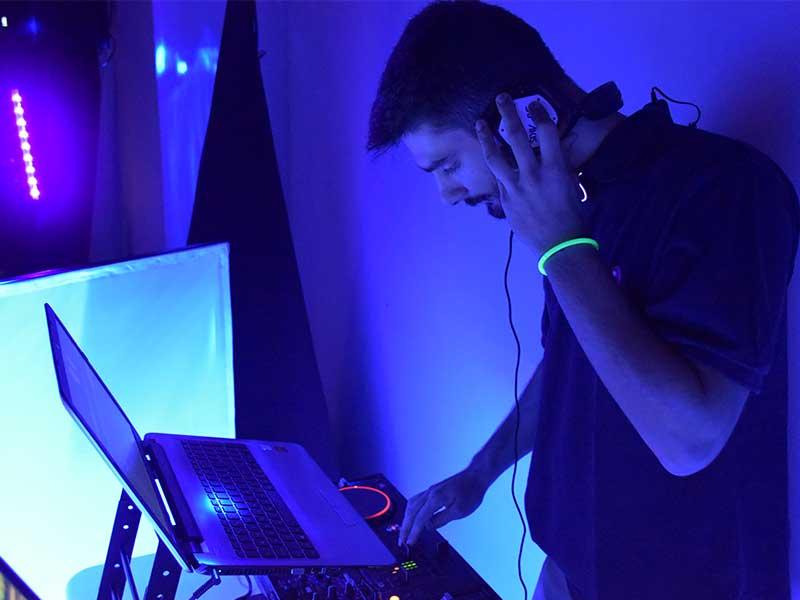 DJ MANOS